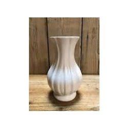 Váza bordás, fehér KE146